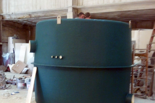 WATER FILTER FOR A FISH FARM